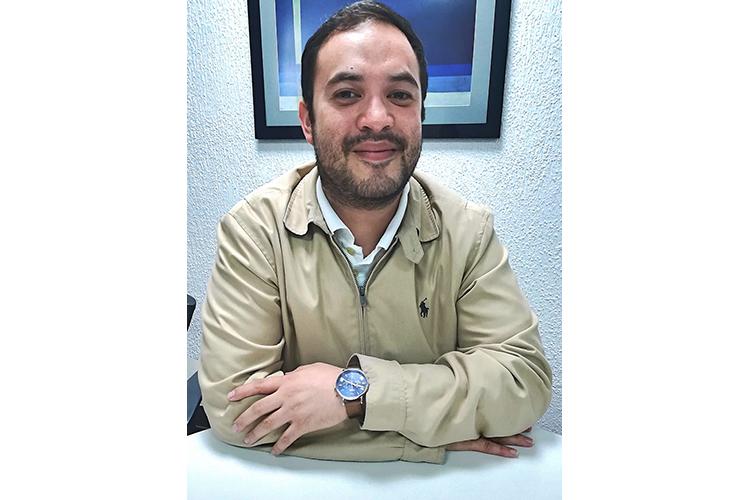 Dr. Víctor Méndez Reyes