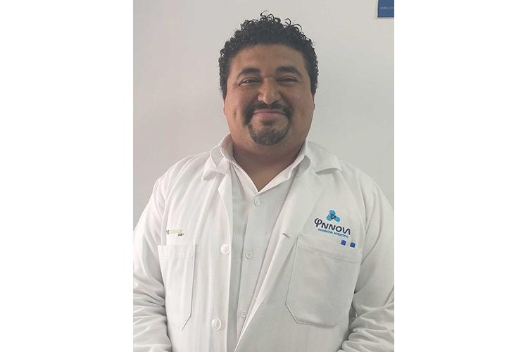 Dr. Alberto García